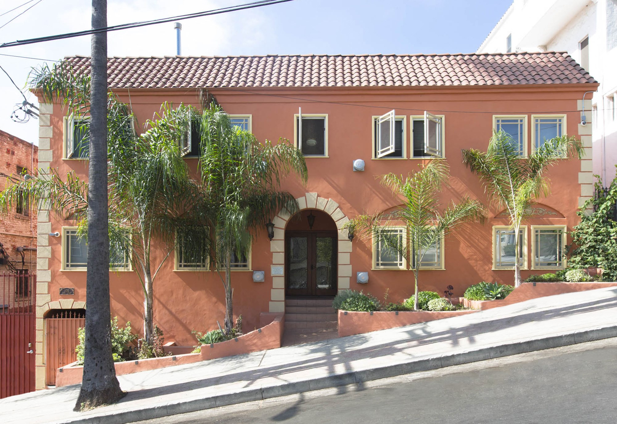 Exterior Photo of Delta Apartments, 1616 Delta Street, Los Angeles, CA 90026