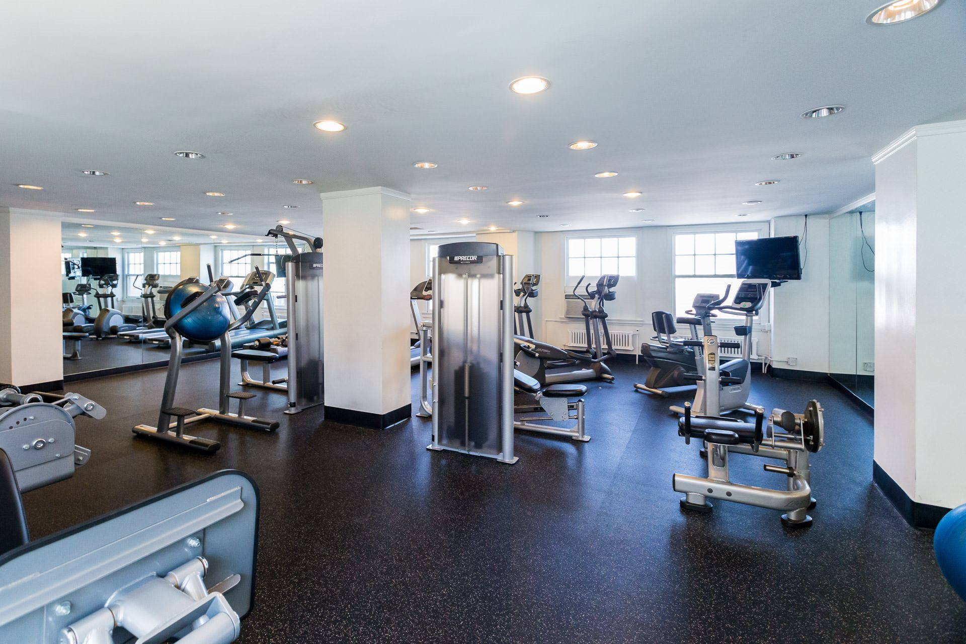Fitness Center Photo of Wilshire Royale Apartments, 2619 Wilshire Blvd, Los Angeles, CA 90057