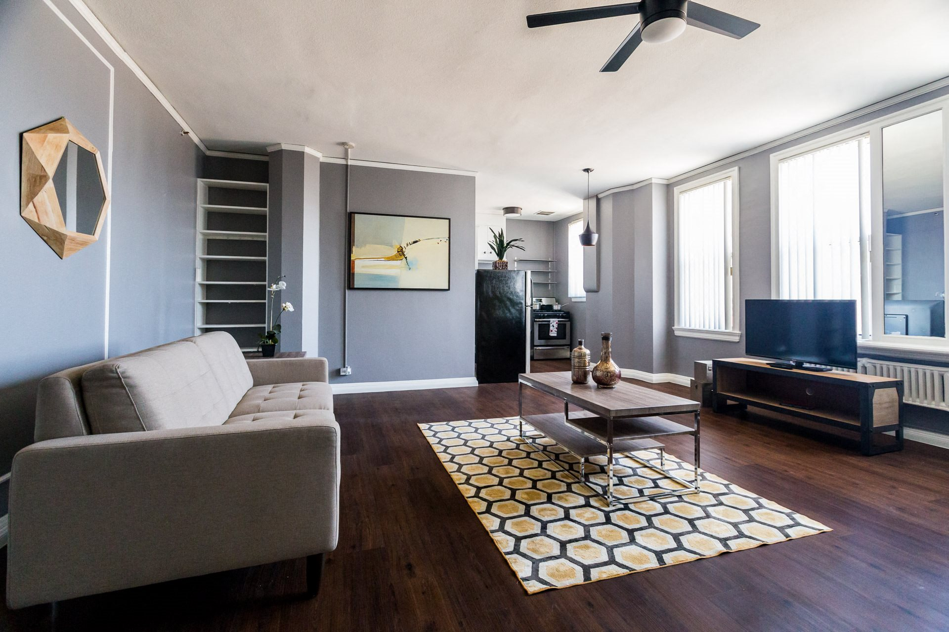 Apartments Westlake-Wilshire Royale Open and Spacious Living Room with Modern Designs and Built-in Shelves