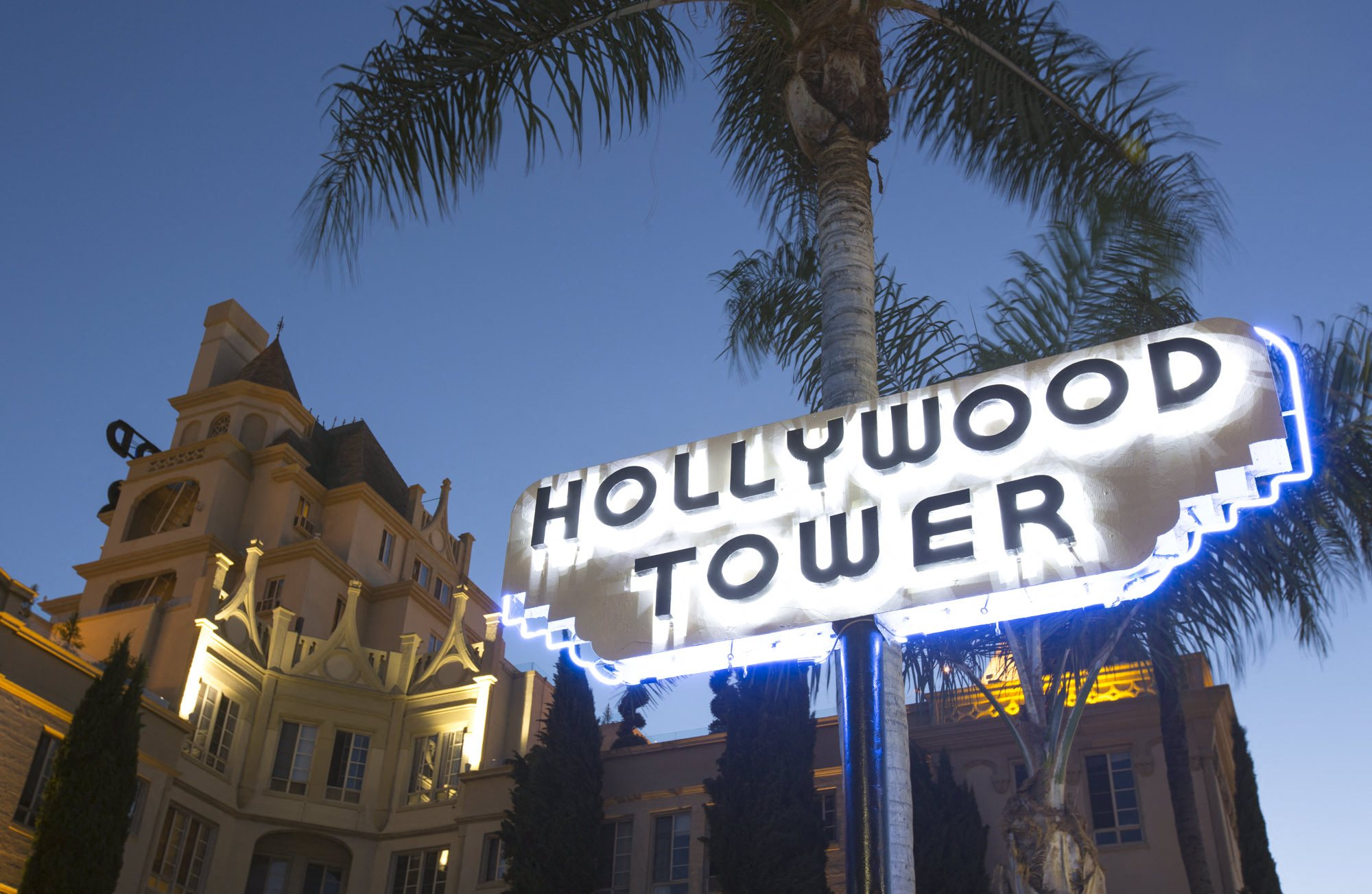Hollywood Tower Apartments in Hollywood, Los Angeles, CA