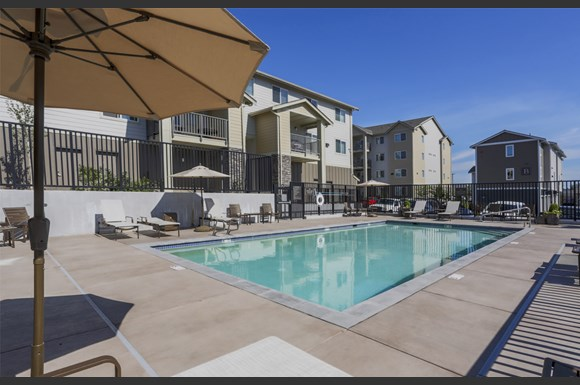 Axis apartments 12118 hwy 99 everett wa rentcaf - Cheap 1 bedroom apartments in everett wa ...