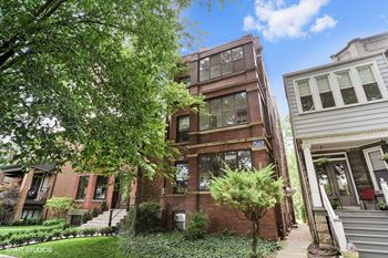 1441 W. Berteau Ave. 1 Bed Apartment for Rent Photo Gallery 1