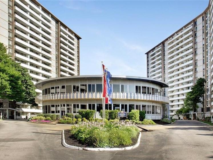 HC Building Exterior
