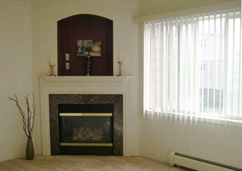 1340 W 26TH AVE 1-2 Beds Apartment for Rent Photo Gallery 1