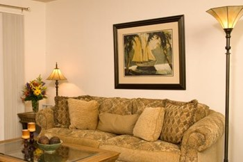 4543 LAKE OTIS PKWY 1-3 Beds Apartment for Rent Photo Gallery 1