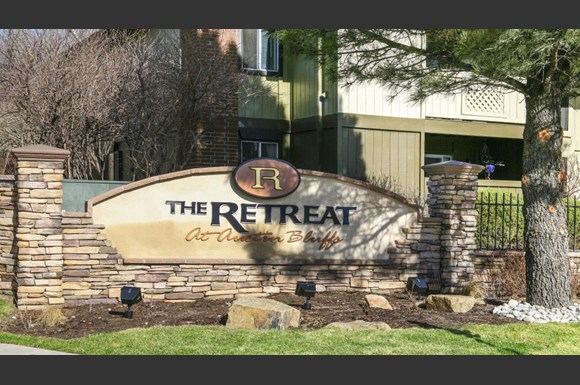 The Retreat At Austin Bluffs Apartments Colorado Springs Co