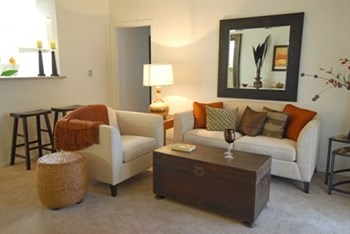 7401 E SPEEDWAY BLVD 1-2 Beds Apartment for Rent Photo Gallery 1