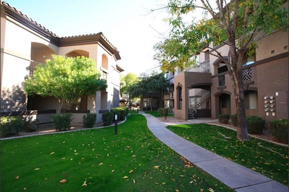 Sonoma Landing Luxury Apartments