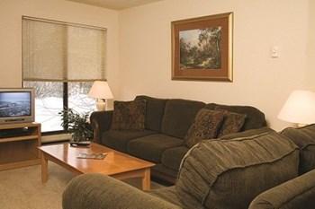 2421 BENTZEN CIR Studio-2 Beds Apartment for Rent Photo Gallery 1