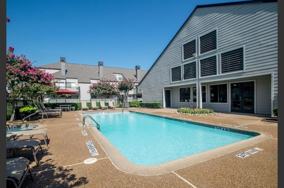 Colinas Pointe Apartments Irving Tx