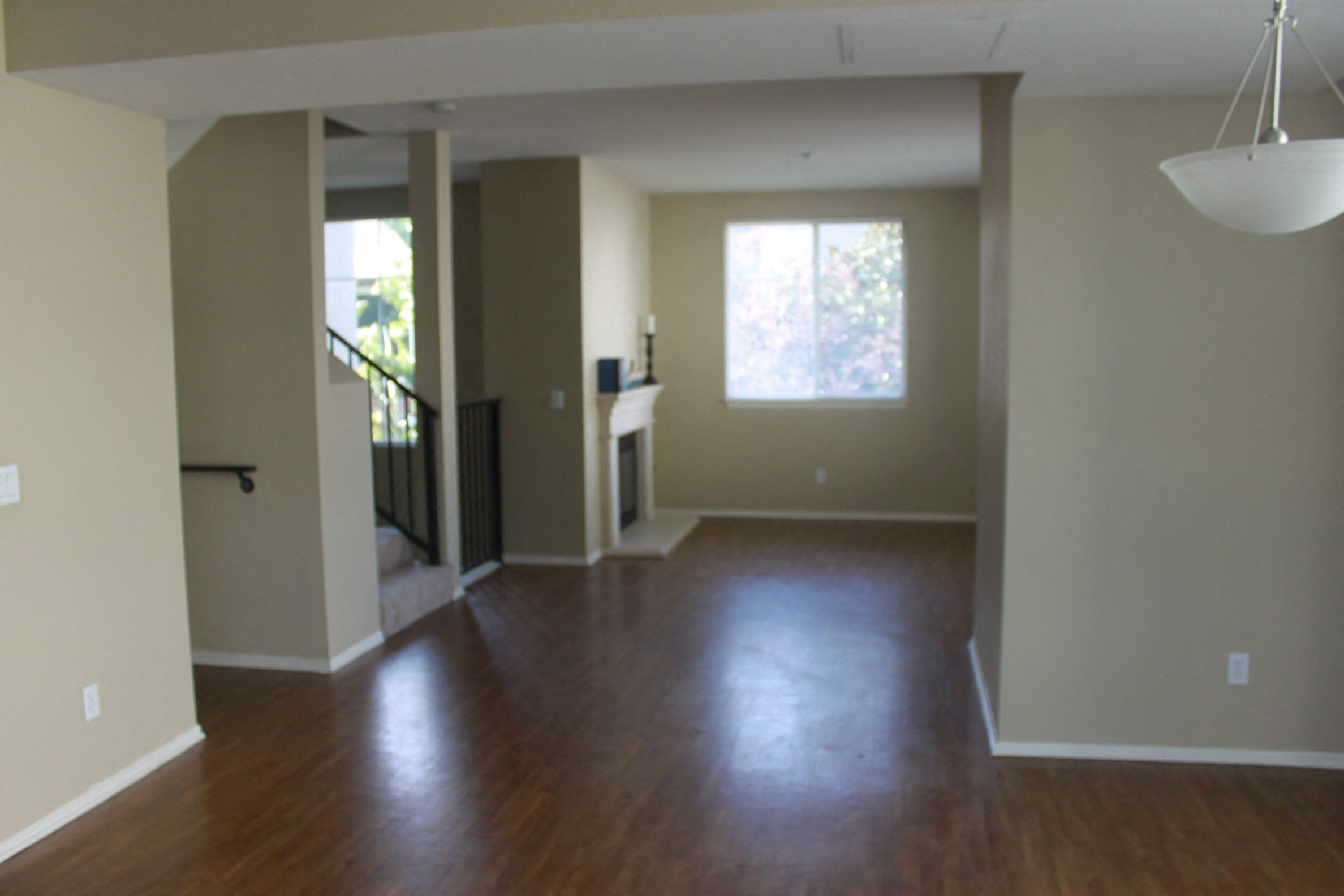 Unfurnished Living Open Space