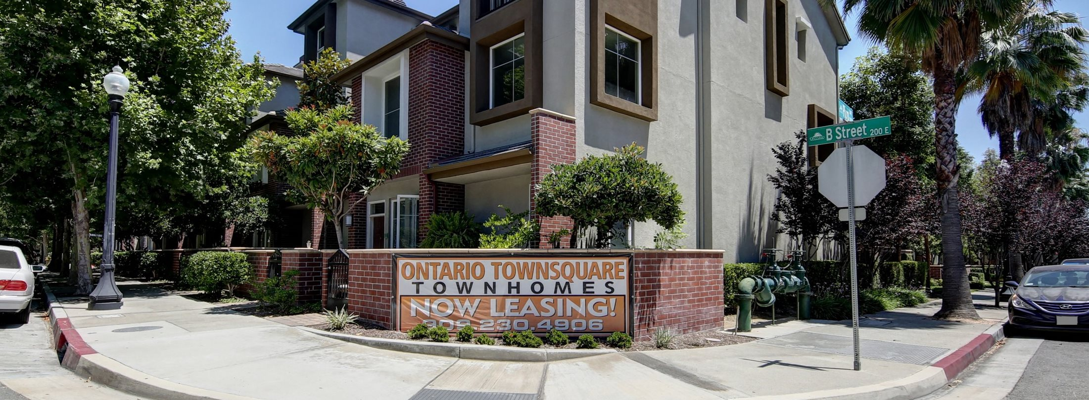 Apartments In Ontario Ca Ontario Town Square Townhomes