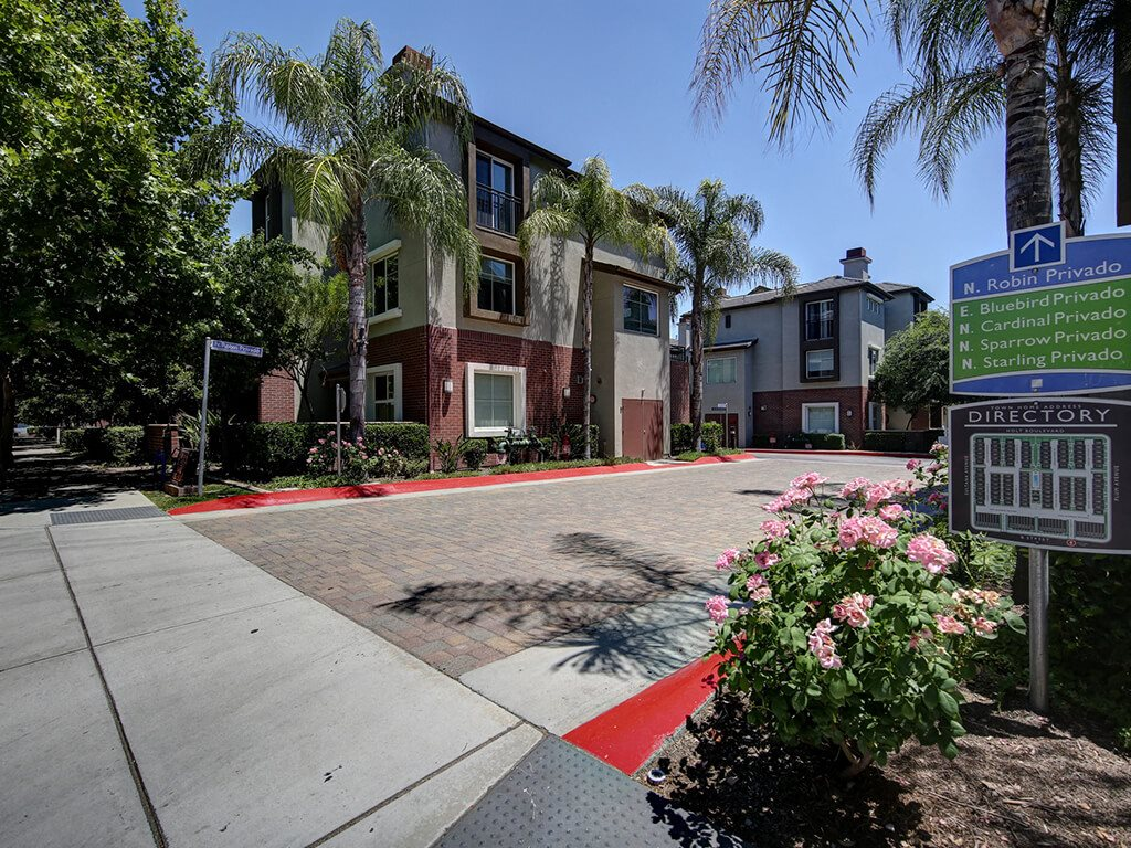 Renovated Apartment Homes Available at Ontario Town Square Townhomes, 380 East Bluebird Privado, CA