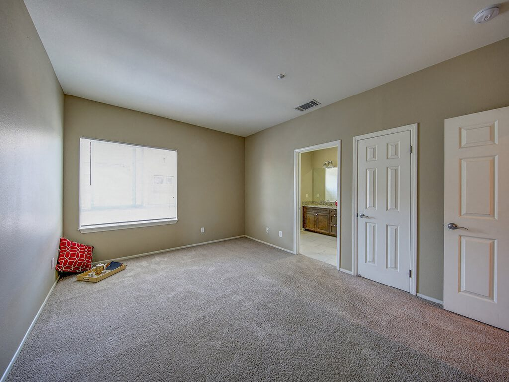 Open FloorPlans With Large Windows at Ontario Town Square Townhomes, 380 East Bluebird Privado