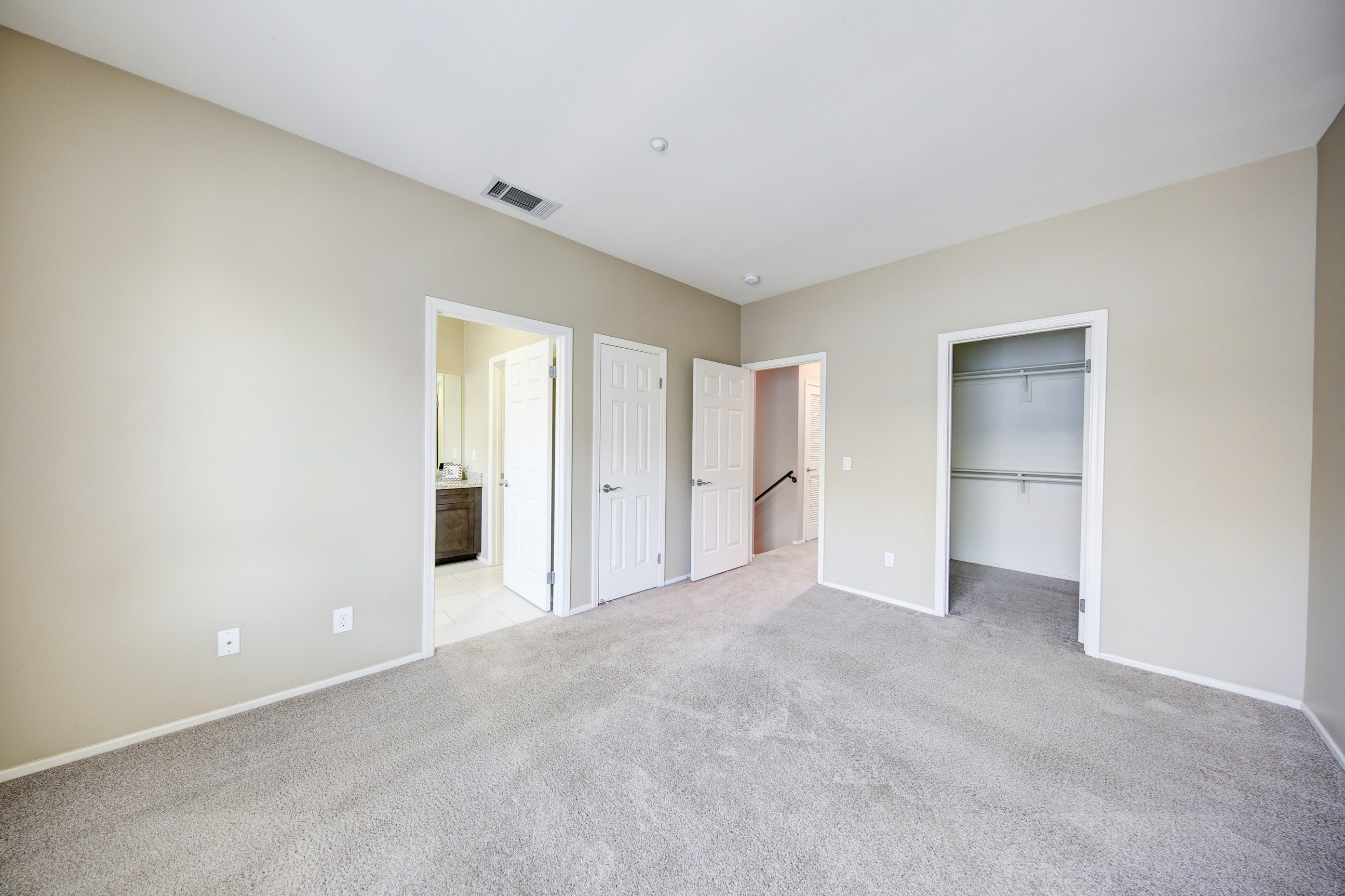 Wall-to-Wall Carpeting at Ontario Town Square Townhomes, Ontario, CA