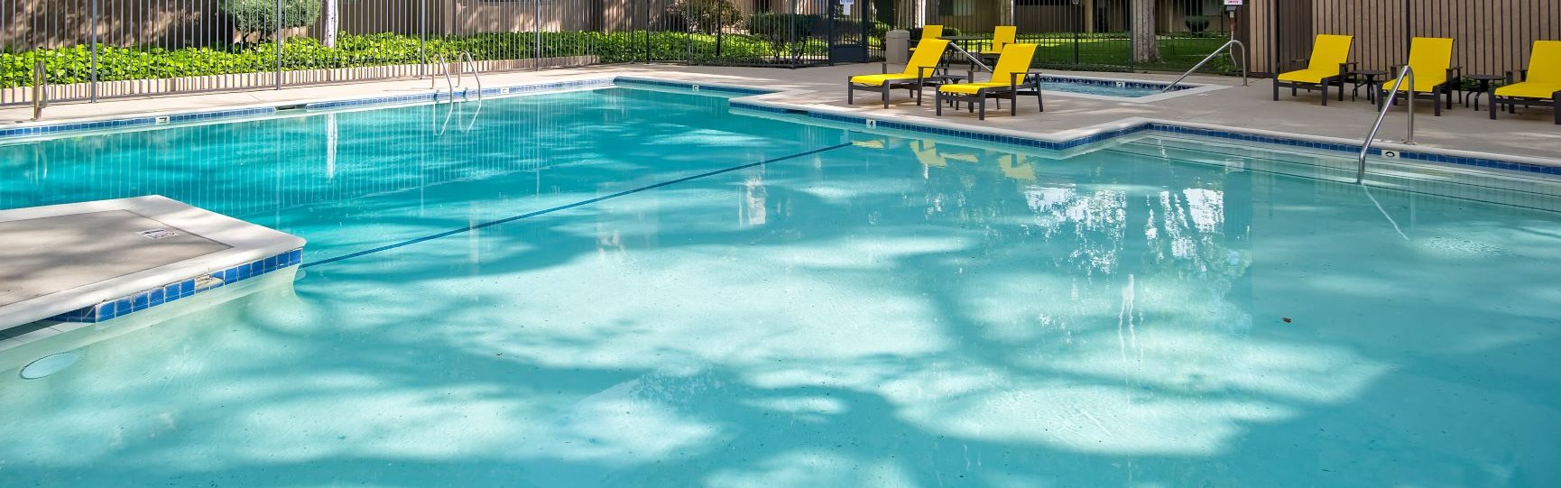 Swimming Pool And Relaxing Area at Wilbur Oaks Apartments, Thousand Oaks, California