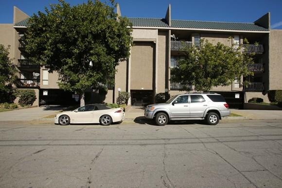 El Patio Apartments 321 East Fairview Avenue Glendale Ca Rentcafe