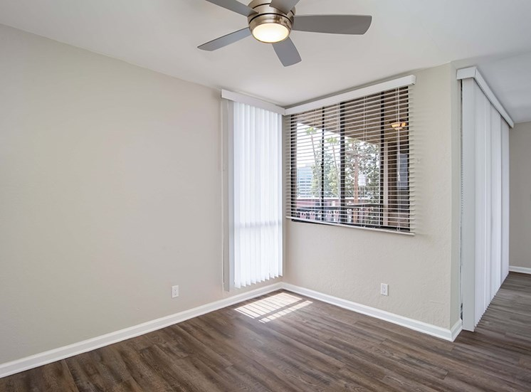 Ceiling Fan in Living Room at El Patio Apartments, Glendale, CA, 91207