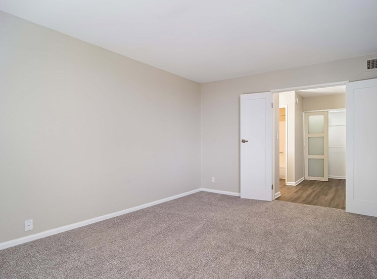 Entryway For Living Room at El Patio Apartments, Glendale, CA, 91207
