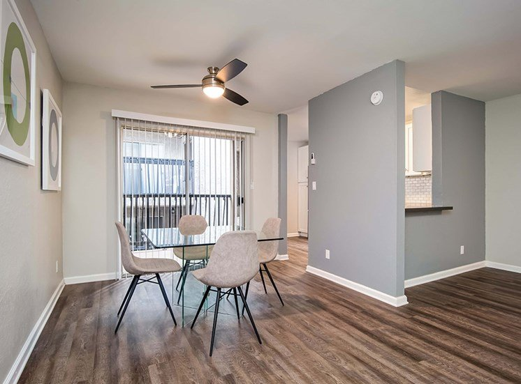 Glass Window, Ceiling Fan in Living room at El Patio Apartments, Glendale, 91207