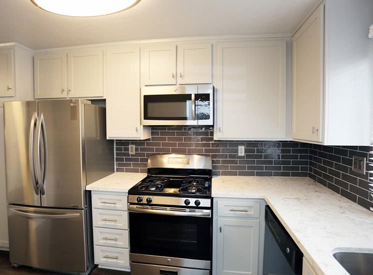 Newly renovated fully equipped kitchen at El Patio Apartments, Glendale, CA, 91207