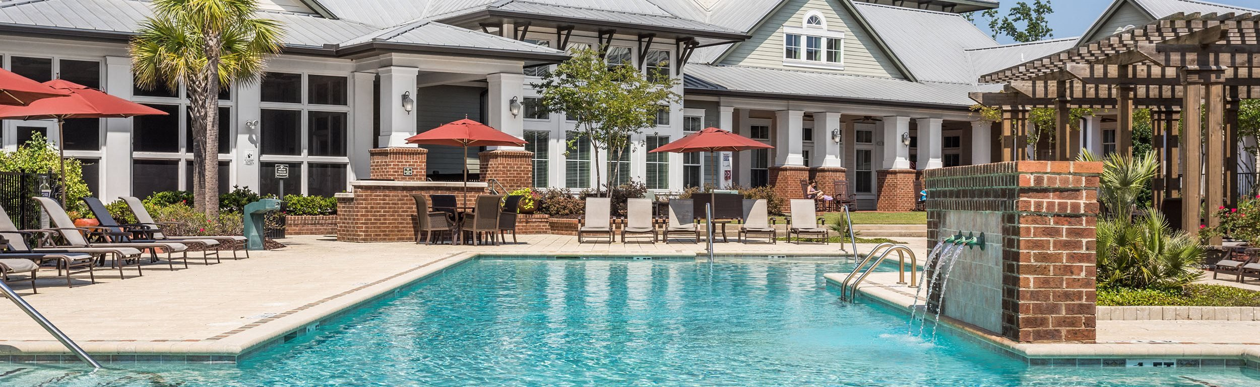 Poolside Sundeck and Clubhouse - Talison Row Apartments