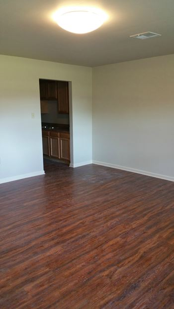 900 Mississippi Street 2-4 Beds Apartment for Rent Photo Gallery 1