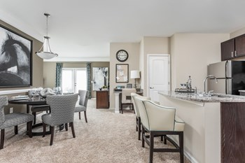 1524 Woodfield Creek Drive 1-2 Beds Apartment for Rent Photo Gallery 1