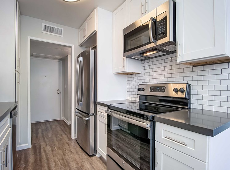 Kitchen With New Appliances at Los Robles Apartments, Pasadena, CA