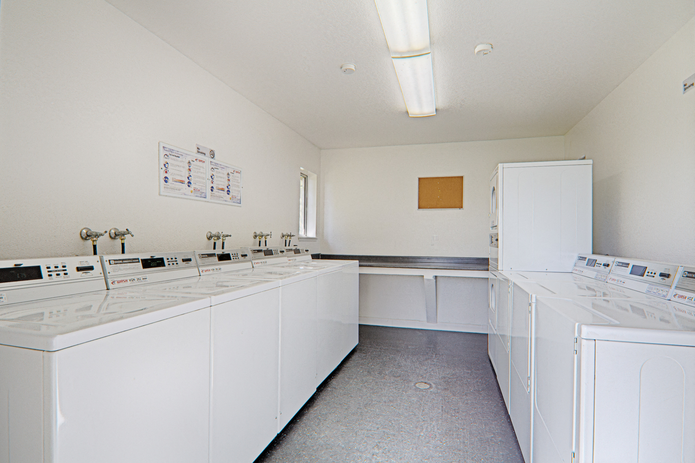 Laundry Room at Woodlands West Townhomes, California, Lancaster
