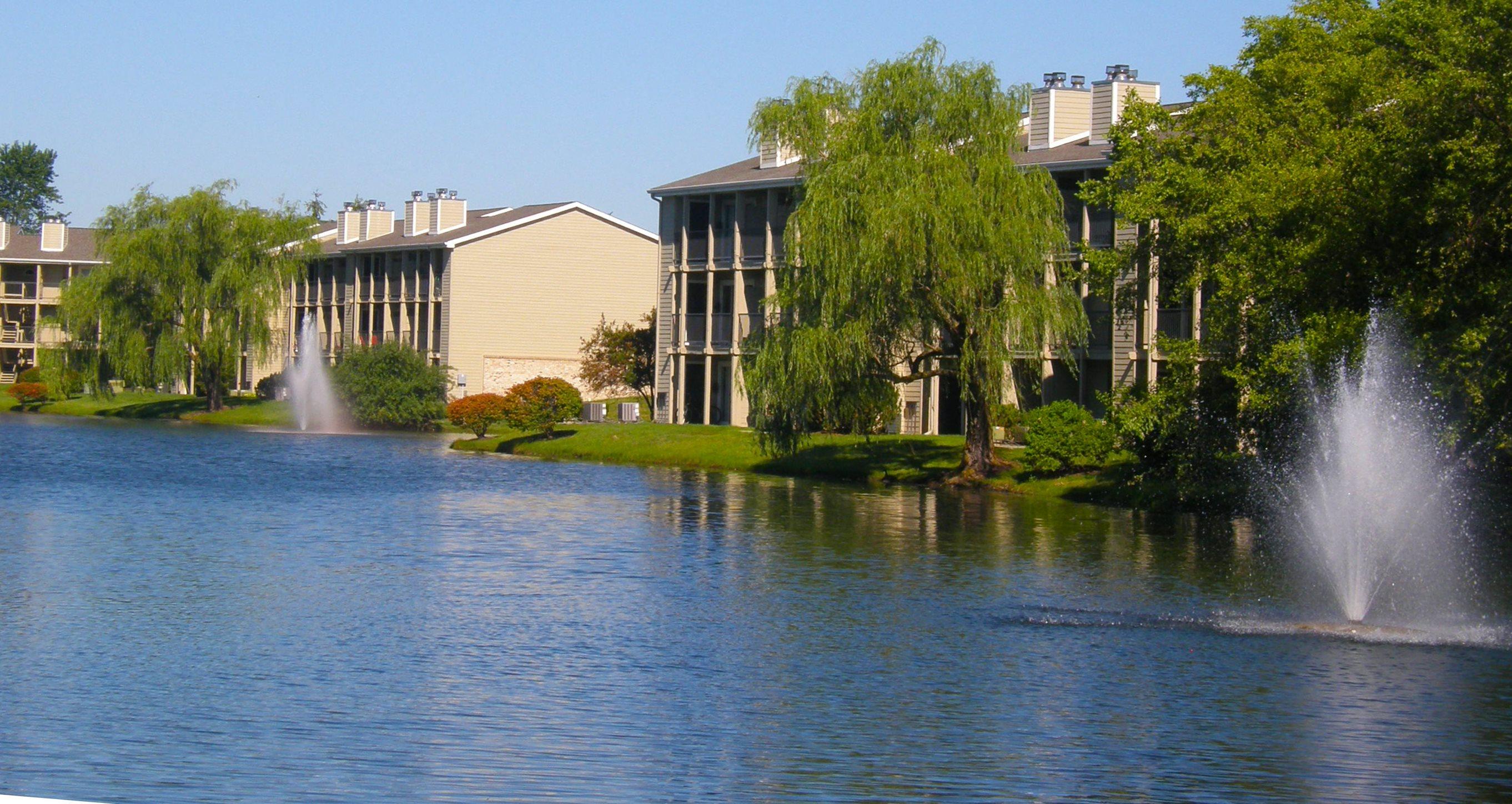 Lakes of Carmel | Apartments in Carmel, IN