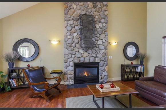 Mill pointe apartments 3111 132 street se everett wa rentcaf for Cheap 1 bedroom apartments in everett wa