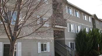 657 N Baker Avenue 2-4 Beds Apartment for Rent Photo Gallery 1