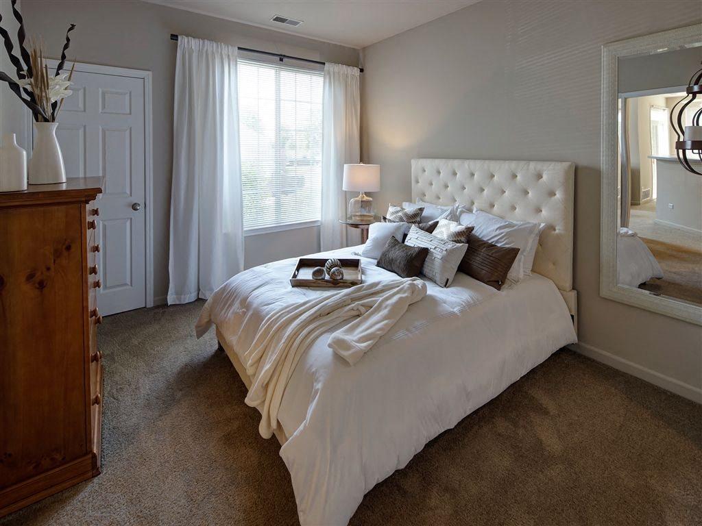 Bright Bedrooms at Farmington Lakes Apartments Homes, Oswego, IL, 60543