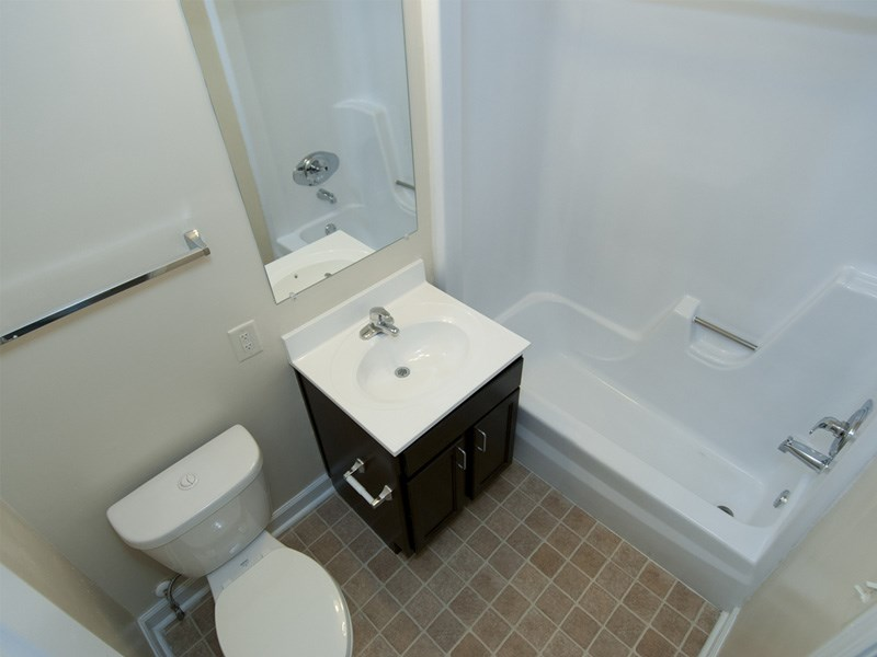 Wicklow Square Remodeled Bathroom