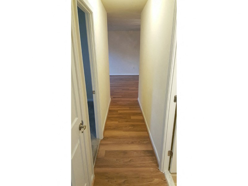 Wicklow Square Apartments Plank Flooring