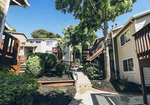 1495 E 22nd Street Community Thumbnail 1