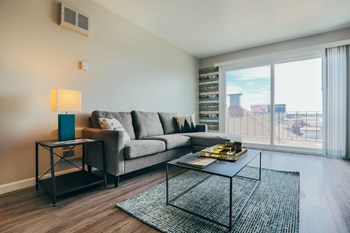 1627 High Street 1-3 Beds Apartment for Rent Photo Gallery 1