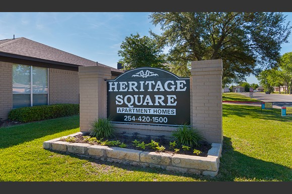 Main Signage at Heritage Square Apartment Homes  Waco  Texas  TX. Heritage Square Apartments  1700 Breezy Dr   Waco  TX   RENTCaf