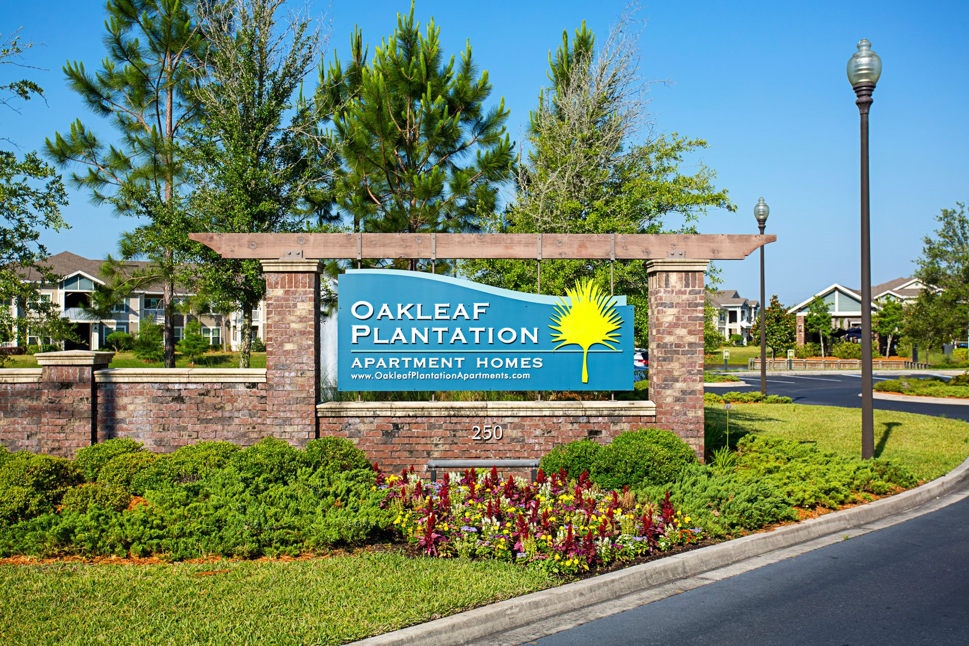 Monument Sign at Oakleaf Plantation Apartment Homes in Jacksonville, Florida, FL