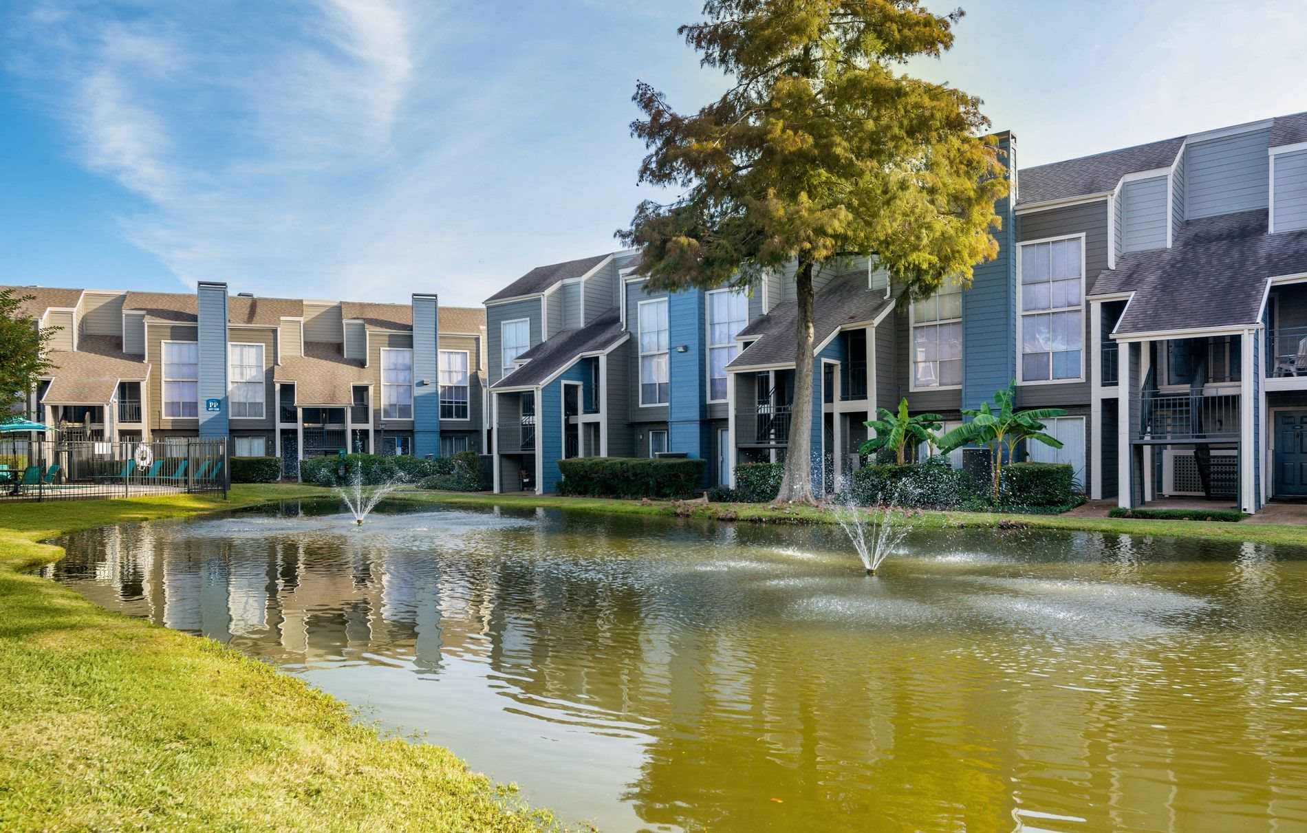Lake View at Park at Woodlake Apartments in Houston, Texas, TX