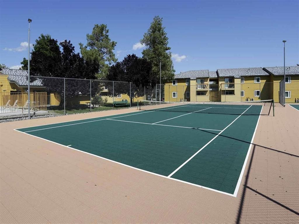 Tennis Court at Village at Iron Blossom Apartment Homes, Nevada, 89511
