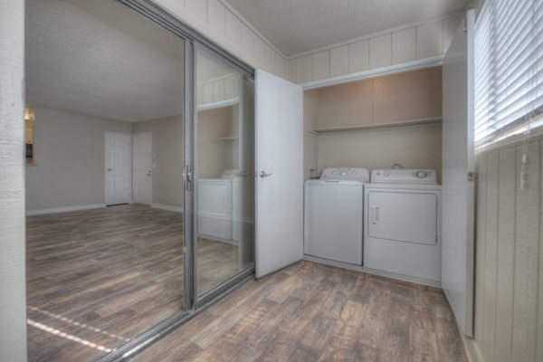 Washer & Dryer at Vizcaya Hilltop Apartment Homes, Reno, Nevada