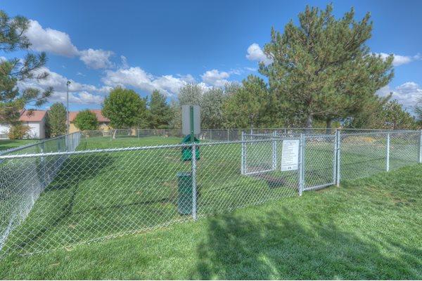 Dog Park at Vizcaya Hilltop Apartment Homes, Reno, NV