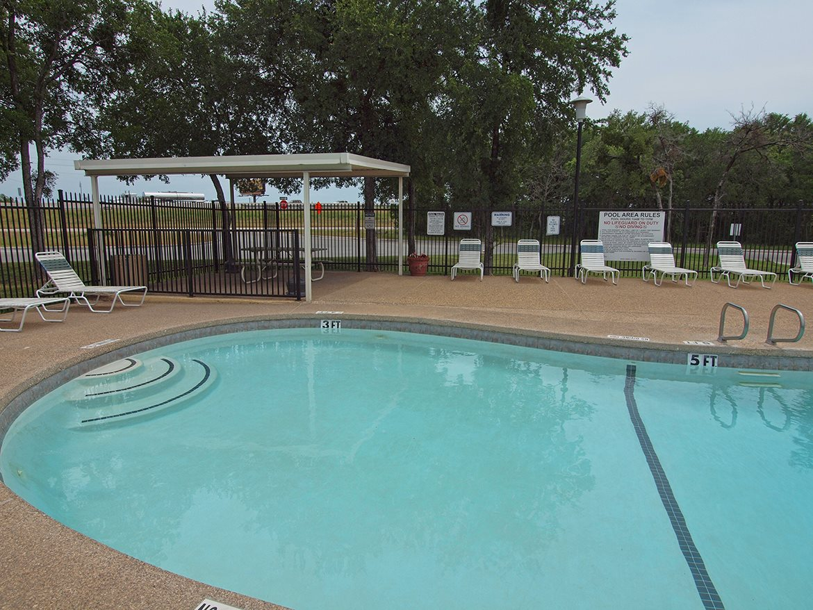 Photos and video of sherwood forest in waco tx for Waco builders
