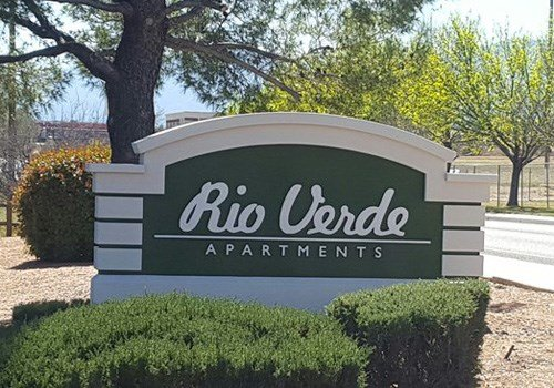Rio Verde Apartments Community Thumbnail 1