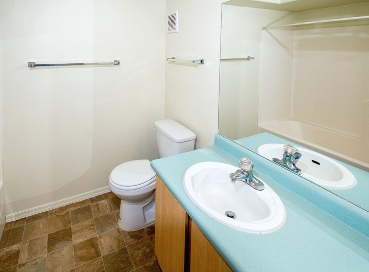 Spacious Bathroom at Sagewood Apartments, Cottonwood, AZ,86326