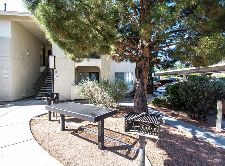 BBQ and Picnic Areas at Sagewood Apartments, Cottonwood, AZ,86326