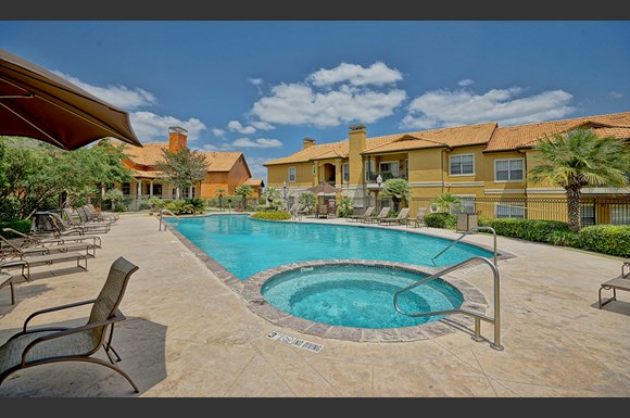 Toscana at Sonterra Apartments, 19275 Stone Oak Pkwy., San Antonio ...