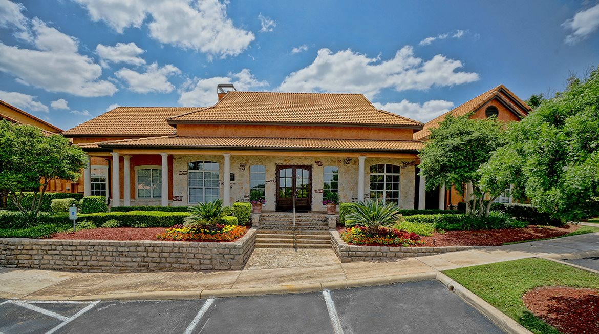 Toscana at Sonterra | Apartments in San Antonio, TX